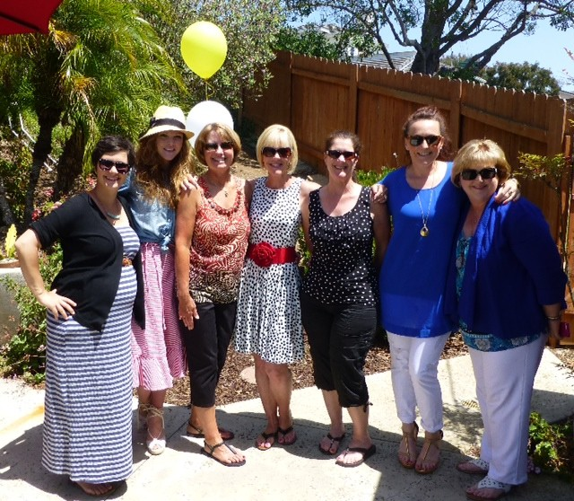 mommas, daughters, sisters & cousins (and a tiny little mister growing inside of my sistah).