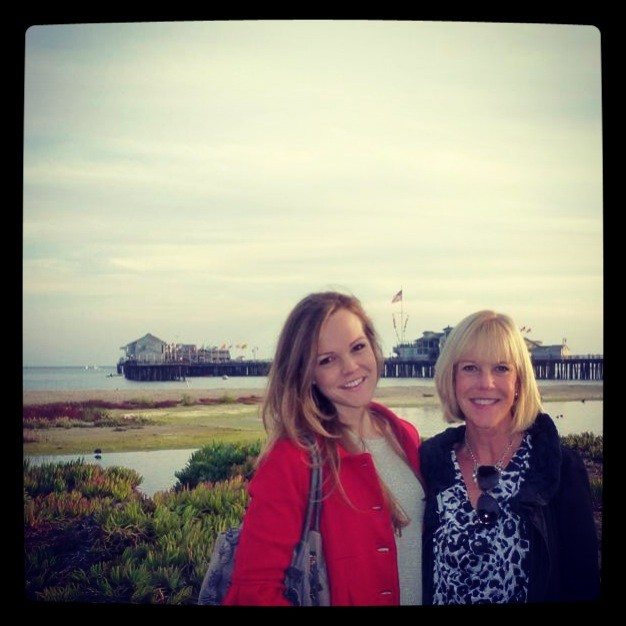 pier photo shoot with momma.