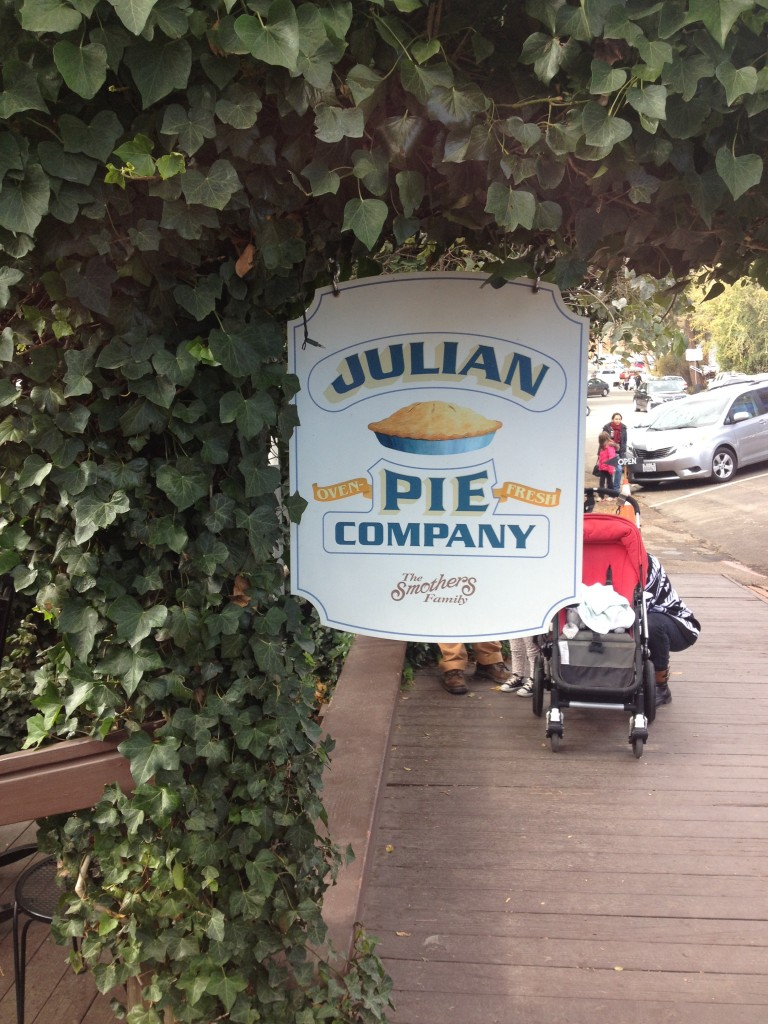 julian apple pie co