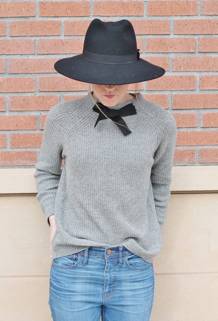 bow-sweater-26
