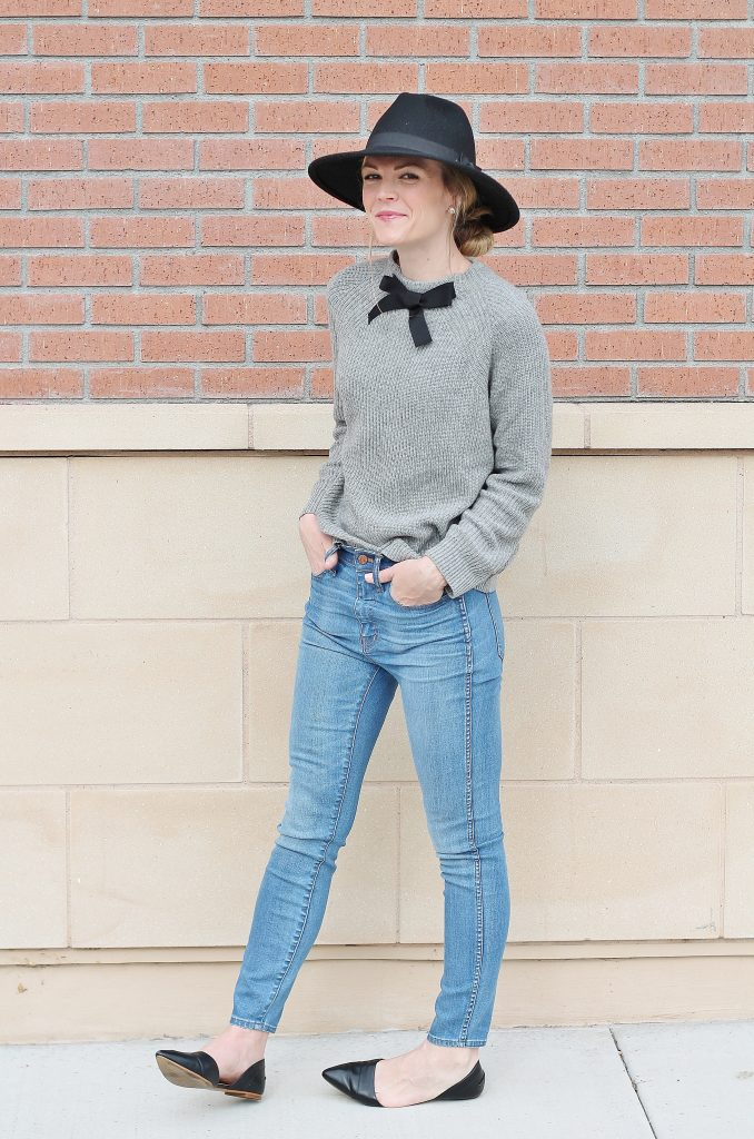 bow-sweater-41